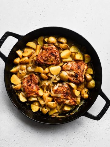 Apple Cider Braised Chicken Thighs